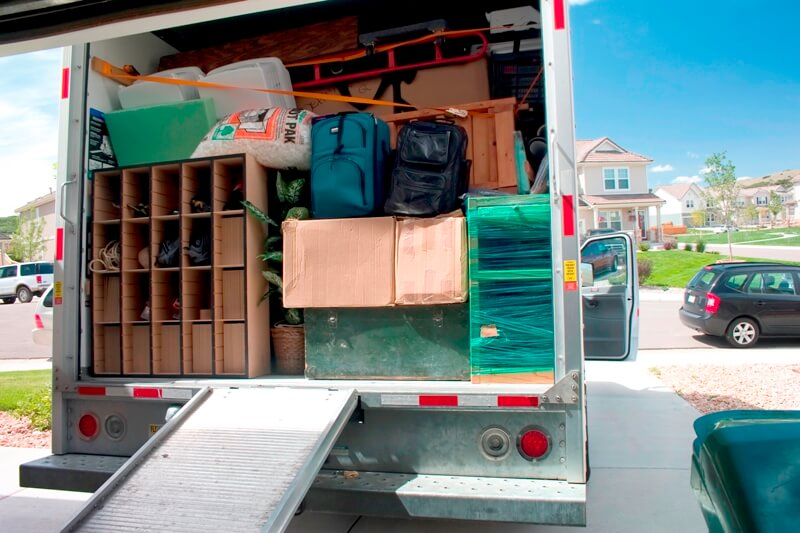 packing-truck-for-moving